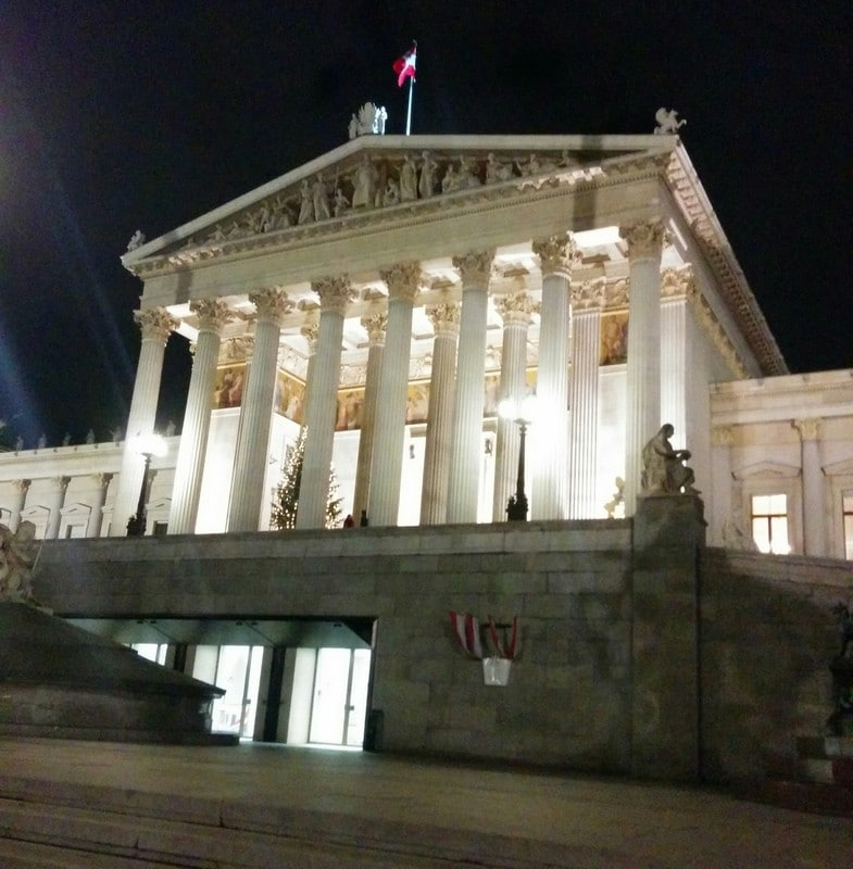 This has nothing to do with Christmas, but still beautiful - The Austrian Parliament